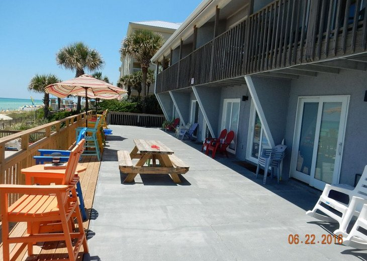Directly on the Beach, Half Mile Walk to Pier Park #20