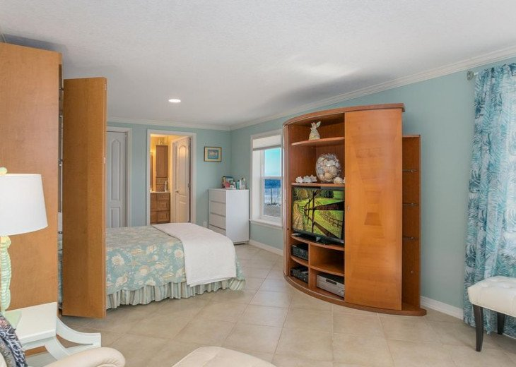 """Seaside Sanctuary"" is the tranquil, oceanfront getaway that you're looking for. #27"