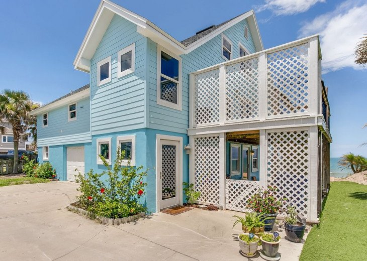 """Seaside Sanctuary"" is the tranquil, oceanfront getaway that you're looking for. #1"