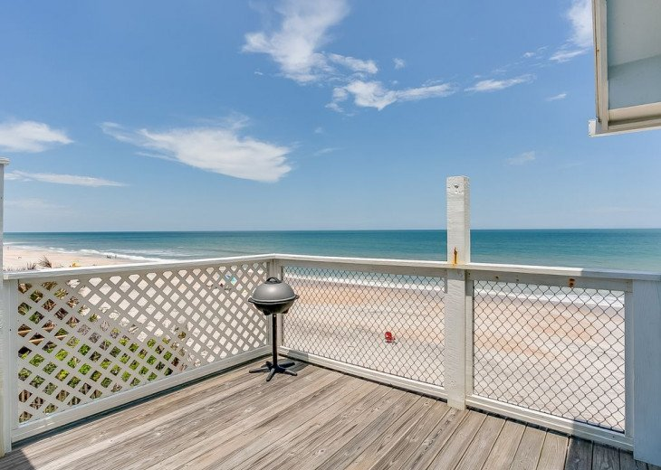 """Seaside Sanctuary"" is the tranquil, oceanfront getaway that you're looking for. #21"