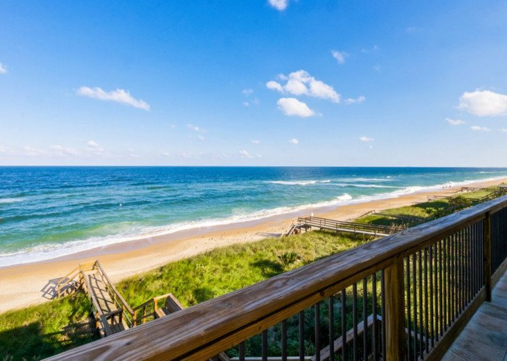 Beautiful Beach House With Room For 10! #21