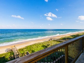 Beautiful Beach House With Room For 10! #1