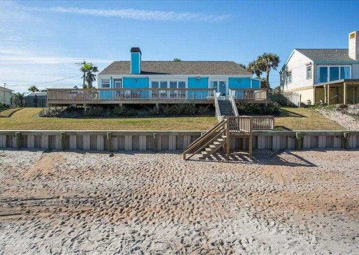 3 bedroom, 2 bath, pet friendly home located right on the beach. Fenced yard. #22