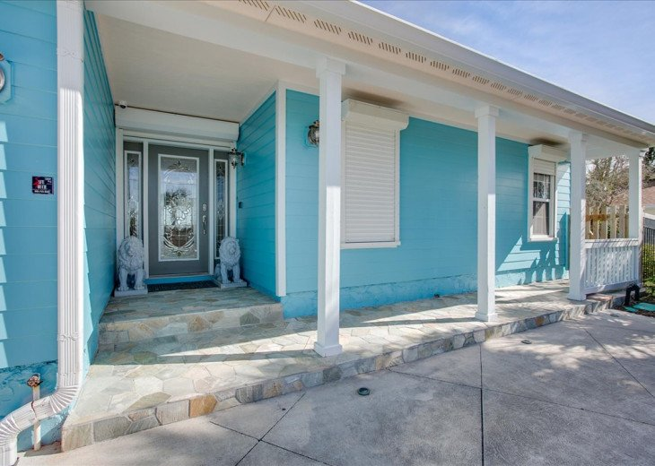 3 bedroom, 2 bath, pet friendly home located right on the beach. Fenced yard. #2