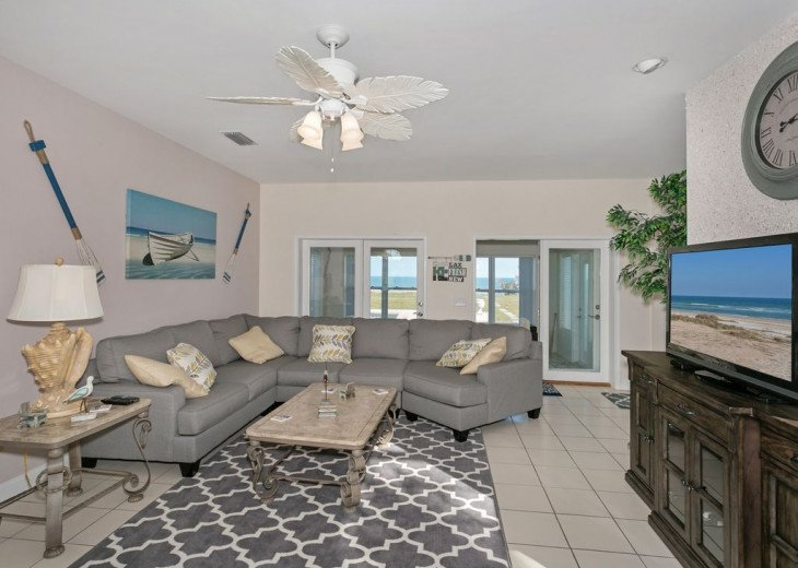 Great beach house, room for 10, ping pong table, sun room, easy access to beach! #6