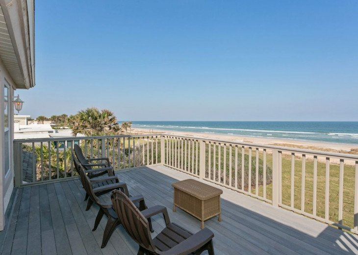 Great beach house, room for 10, ping pong table, sun room, easy access to beach! #12