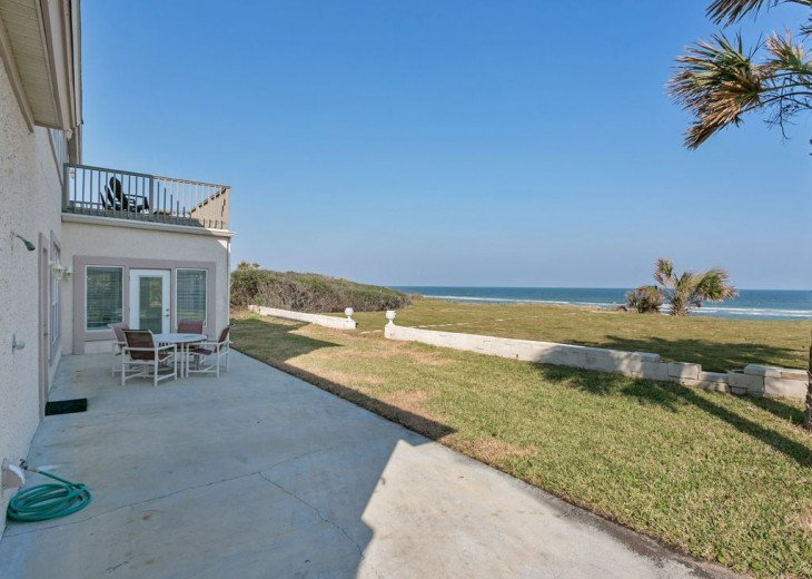 Great beach house, room for 10, ping pong table, sun room, easy access to beach! #20