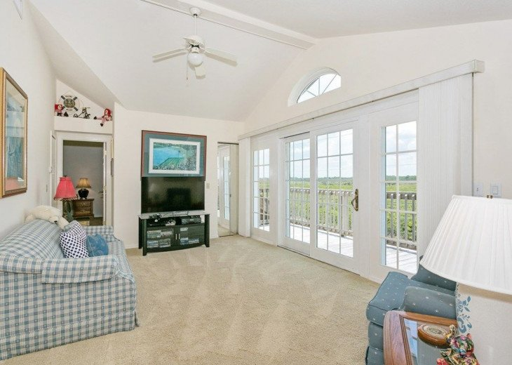 Direct oceanfront beach house. Casual comfort that makes you feel right at home. #13