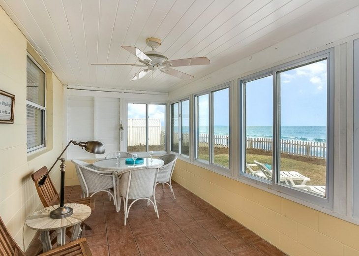 Budget friendly, casual beach house, close to St. Augustine. Pet friendly. #6