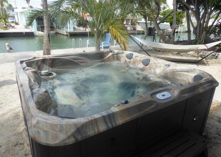 six man hot tub