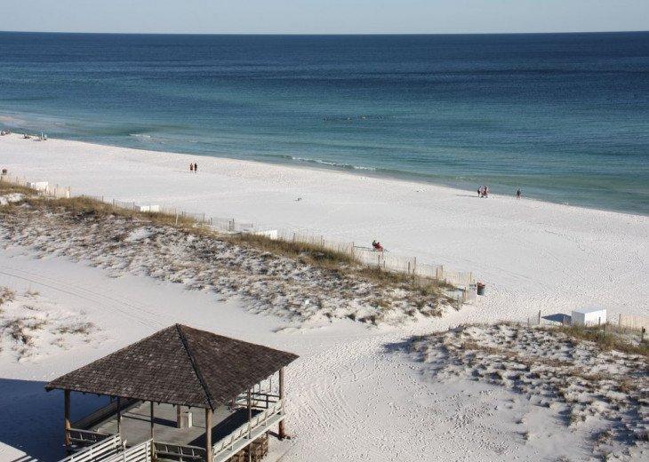 Pelican Beach Resort Unit #813 #19