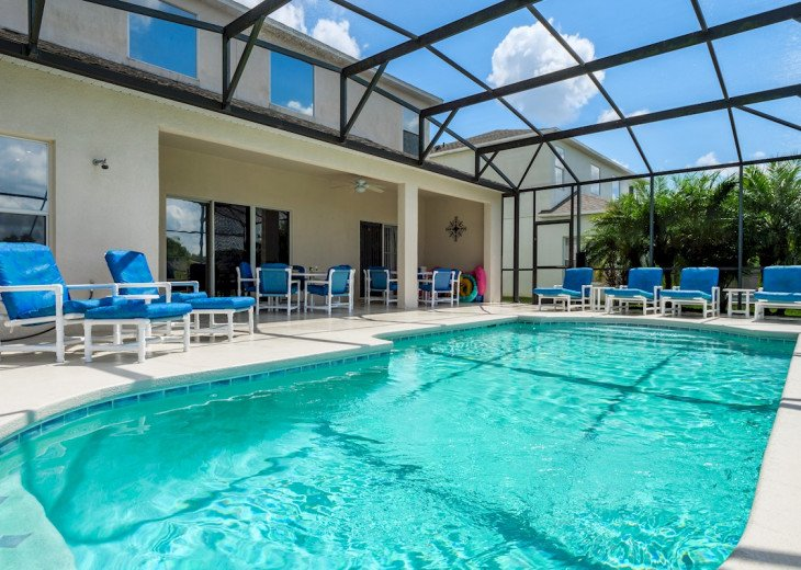 Oversize pool deck