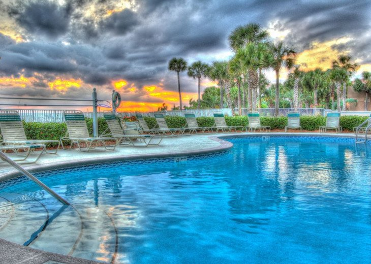 Fall Best Time to Go! Low Rates! Coral Reef. Beachfront. 1500 sq ft #15
