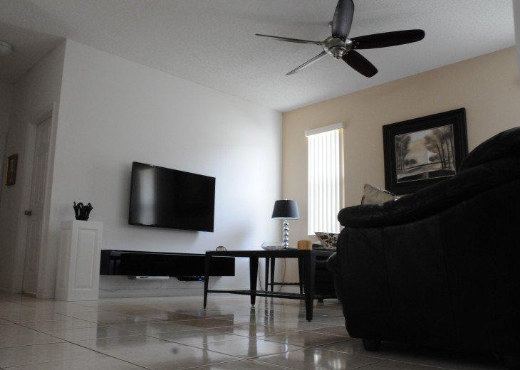 Main Family/tv room