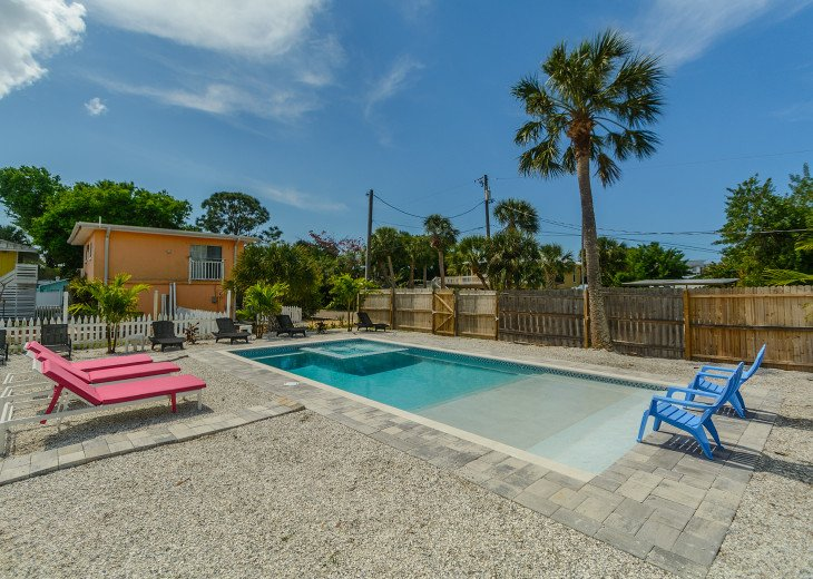Sea Shell Beach Cottage - Private Pool #17