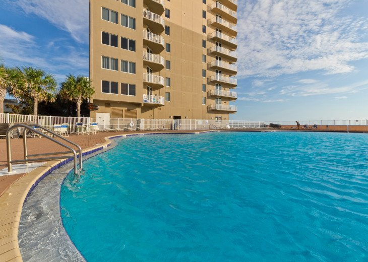 NEW LISTING! Tidewater 911 - Relaxing 2BR/3BA Oceanfront Paradise - Sleeps 8 #57