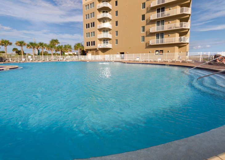 NEW LISTING! Tidewater 911 - Relaxing 2BR/3BA Oceanfront Paradise - Sleeps 8 #51