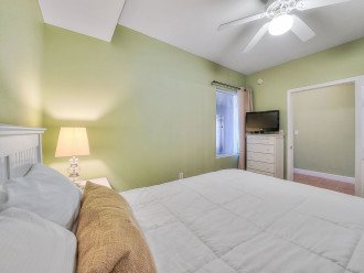NEW LISTING! Tidewater 911 - Relaxing 2BR/3BA Oceanfront Paradise - Sleeps 8 #1