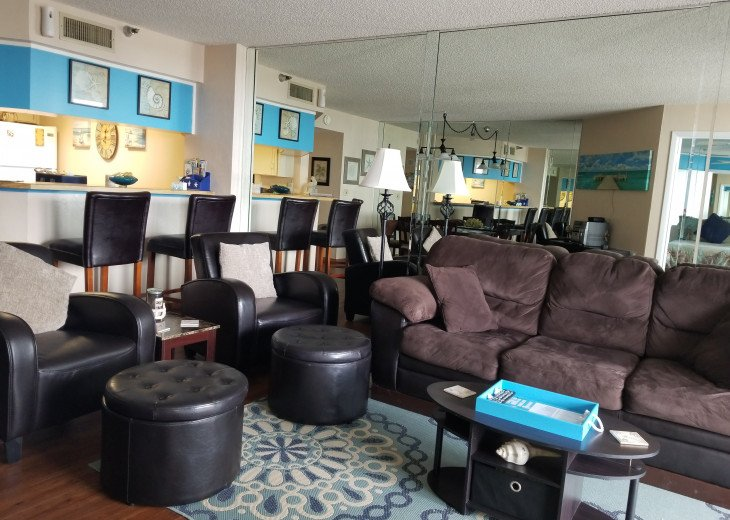 2BD 2BA Updated beautiful beach condo! FREE HIGH SPEED WIFI #2
