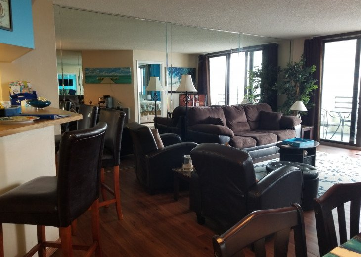 2BD 2BA Updated beautiful beach condo! FREE HIGH SPEED WIFI #7