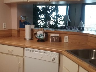 2BD 2BA Updated beautiful beach condo! FREE HIGH SPEED WIFI #1