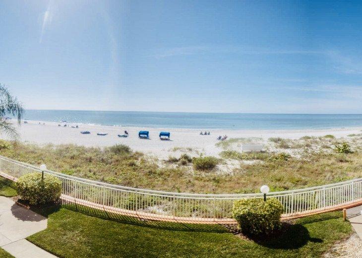 Awesome beachfront 1 bedroom condo #17