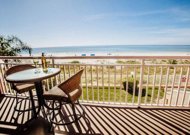 Awesome beachfront 1 bedroom condo #20