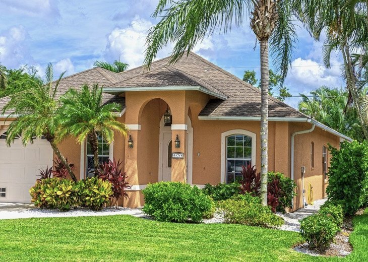 Last Mango - Home with Pool and Walking Distance to Beach! Pet Friendly #2