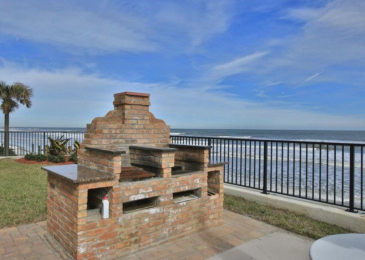 Your Beach Escape! DIRECT OCEANFRONT Sandpoint Condo,7I Great Amenities,WiFi #5