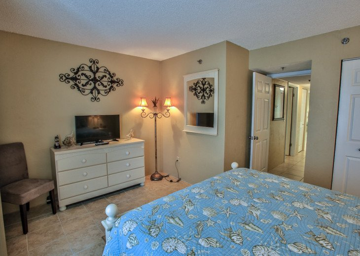 Sandpoint 4B- Remodeled 2/2 Condo, Charming Coastal Decor, Great Ocean View #22
