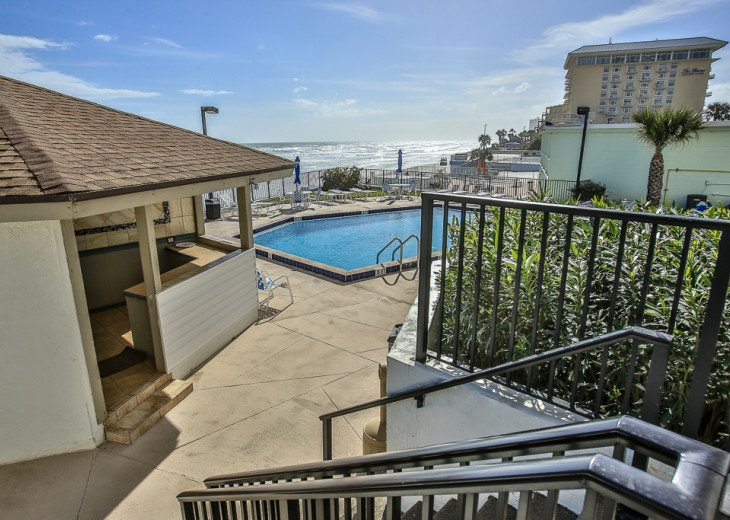 Sandpoint 4B- Remodeled 2/2 Condo, Charming Coastal Decor, Great Ocean View #33