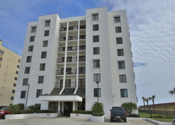 OCEANFRONT Condo Overlooking Pool and Beach- Sandpoint 1K Affordable Rates #22