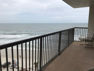 Incredible Ocean and Sunset Views Sandpoint Condo On The Beach 7F #1