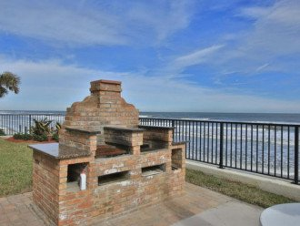 Sandpoint Condo On The Beach - 8B #1