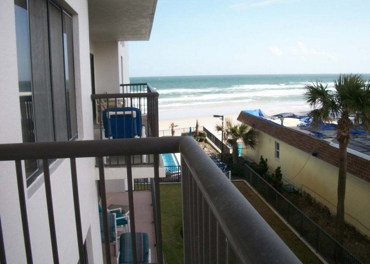 Beachfront Home Away from Home w/Great Ocean Views, AFFORDABLE RATES #2