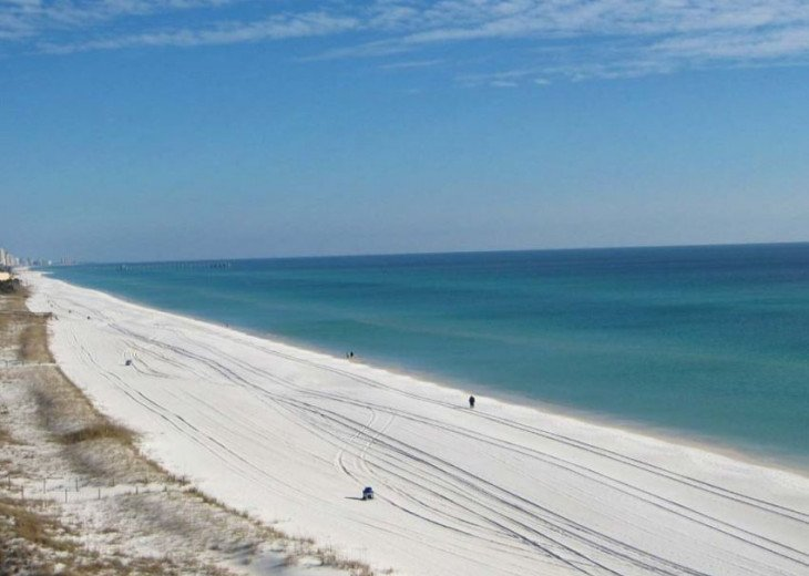 Gulf Front condo PRIVATE JACUZZI BATH and almost a mile of secluded beach #5