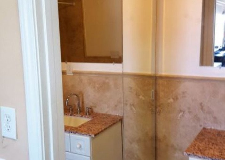 Gulf Front condo PRIVATE JACUZZI BATH and almost a mile of secluded beach #13