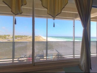 Gulf Front condo PRIVATE JACUZZI BATH and almost a mile of secluded beach #1