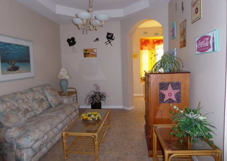 Luxury 4 Br / 3 Ba With Private Pool / Spa / Games room /Free WiFi / Big Garden #23