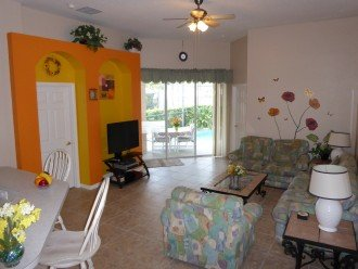 Luxury 4 Br / 3 Ba With Private Pool / Spa / Games room /Free WiFi / Big Garden #1