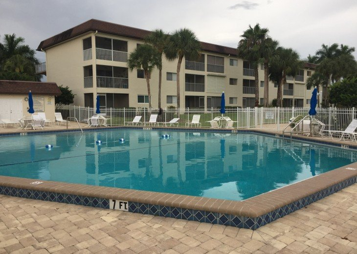 2 Bedroom Condo Rental in Naples, FL - Affordable Naples Condo