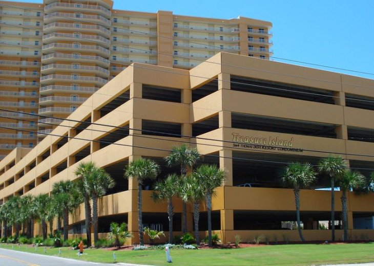 **Only Ground Floor 3 BR Rental in Treasure Island** Beach Chairs Included** #20