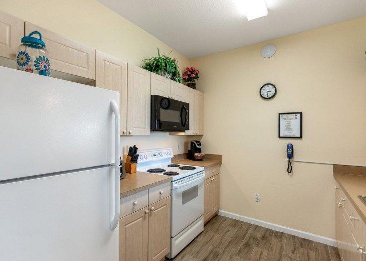 Luxury 3 bedroom condo close to Disney with access to resort facilities #11