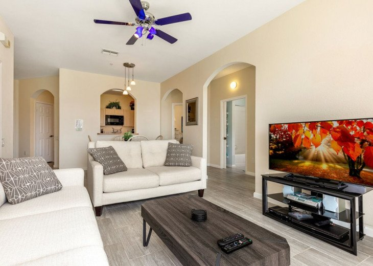 Luxury 3 bedroom condo close to Disney with access to resort facilities #5
