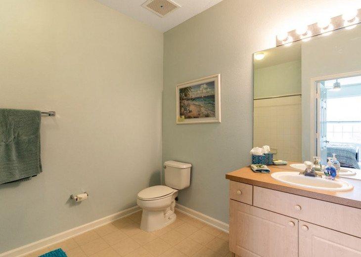 Luxury 3 bedroom condo close to Disney with access to resort facilities #34