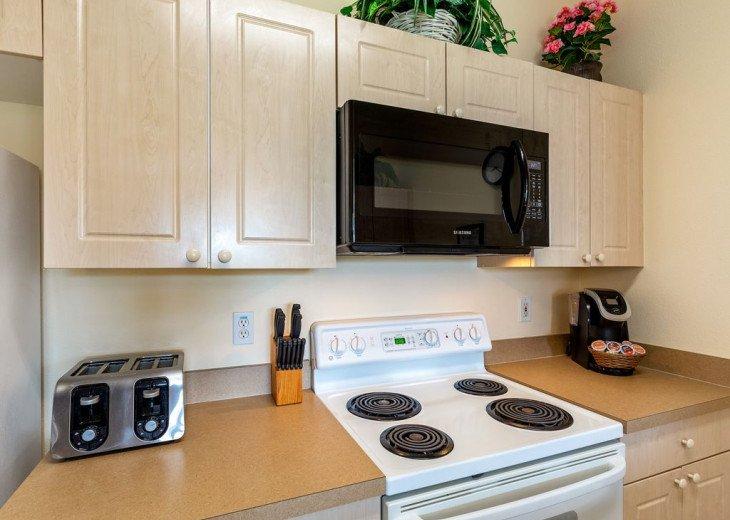 Luxury 3 bedroom condo close to Disney with access to resort facilities #25