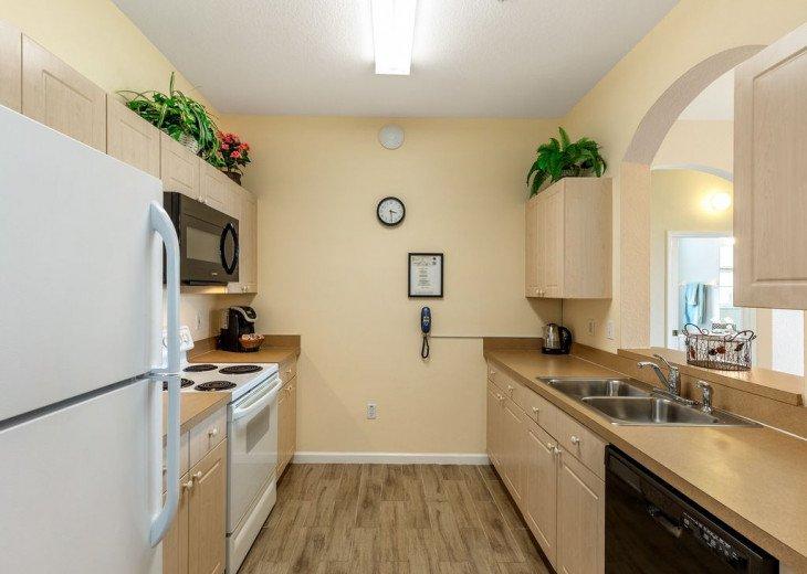 Luxury 3 bedroom condo close to Disney with access to resort facilities #21
