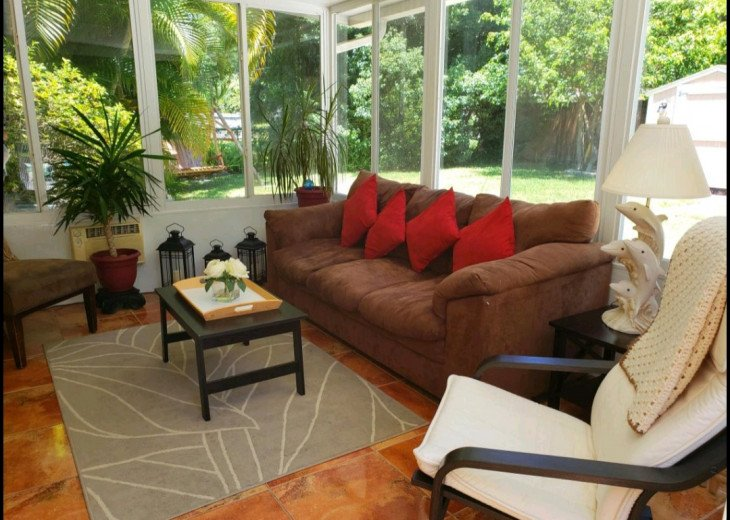 Sunny home in Paradise - near Spectacular Beaches! #11