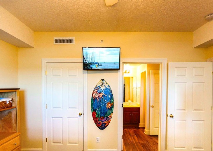 SHORE is Calling. ANSWER! You + Mi Casa = Great Beach Vacation. Guaranteed! #12