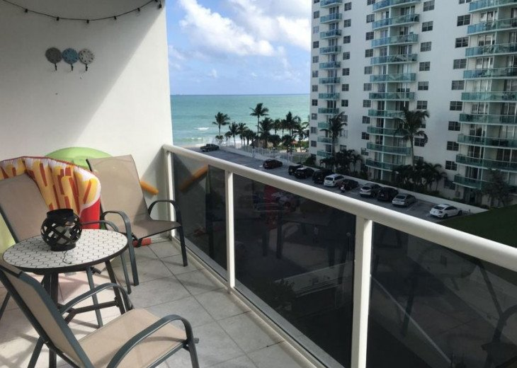 Ocean Front Condo In Sea Air Towers Hollywood #10